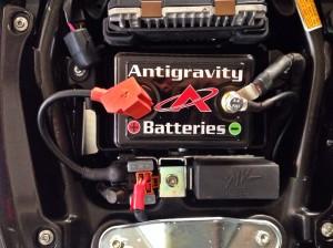 Batteria Antigravity montata